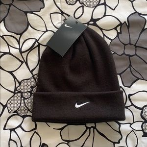 NEW! Nike swoosh cuffed beanie knit hat